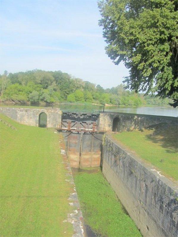Le Vieux Canal de Briare à Chatillon sur Loire