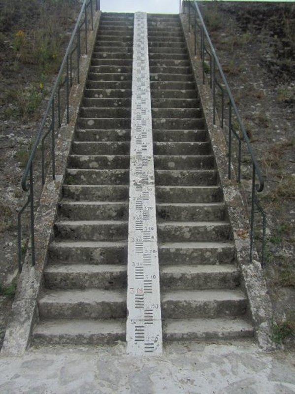 Escalier et Echelle des Crues à Amboise