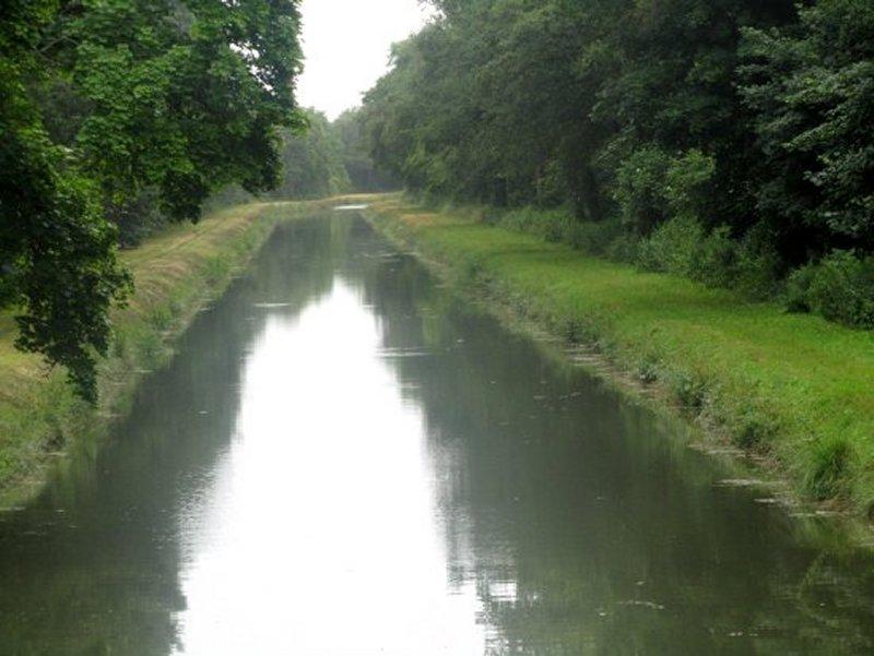 Le Canal de la Sauldre vers Argent sur Sauldre