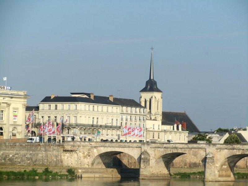 Le Clocher de l'Eglise St Nicolas de Saumur