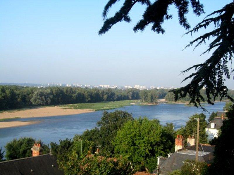 La Loire et au Loin Tours