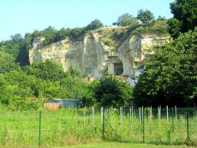 Habitat Troglodytique