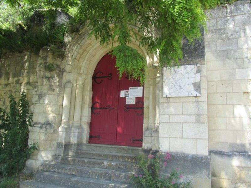 L'Entrée de la Chapelle Sainte Ragedonde à Chinon