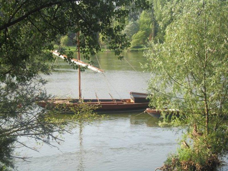 Une Gabarre Sur la Loir