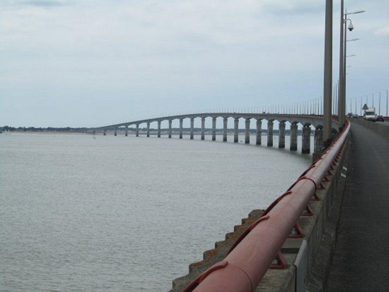 Sur le Pont de l'Île De Ré
