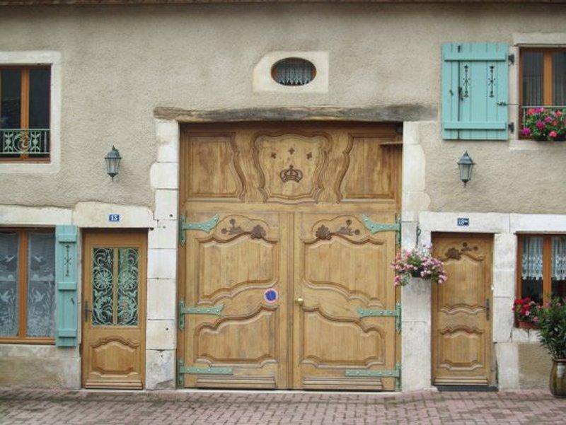 Une Porte Façonnée à Sionne