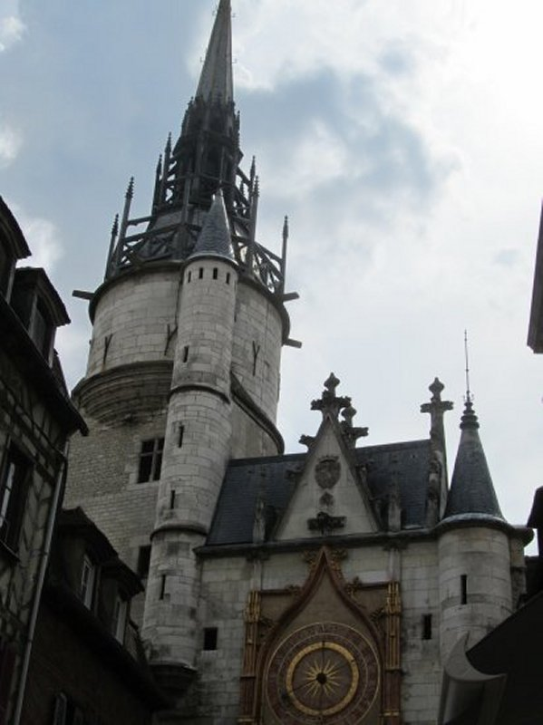 La Tour de l'Horloge à Auxerre