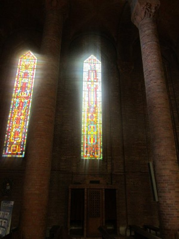 Vitraux de l'Eglise Sainte Jeanne d'Arc de Gien